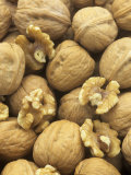 Nut  Walnut  Juglans Regia
