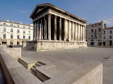 Maison Carree  Roman Temple from 19 BC  Nimes  Languedoc  France  Europe
