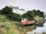Red Boat and House  Ballycrovane  Beara Peninsula  County Cork  Munster  Republic of Ireland
