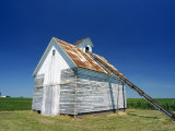 Corn Barn  a Wooden Building on a Farm at Hudson  the Midwest  Illinois  USA
