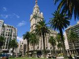 Street Scene in Montevideo  Uruguay  South America
