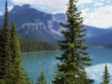 Emerald Lake  Yoho National Park  Rocky Mountains  British Columbia  Canada