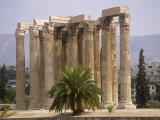 Corinthian Columns of the Temple of Zeus Dating from Between 174 BC and 132 AD  Athens  Greece