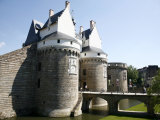 Ramparts of the Chateau Des Ducs De Bretagne  Nantes  Brittany  France  Europe