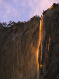 Late Afternoon Light on Horsetail Falls  Yosemite Valley  Yosemite National Park  California  USA