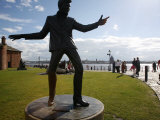 Statue of Billy Fury by Albert Dock and the Mersey River  Liverpool  Merseyside  England  UK