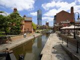 Canal and Lock Keepers Cottage at Castlefield  Manchester  England  UK