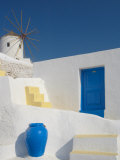 Windmill in Oia  Santorini  Cyclades  Greek Islands  Greece  Europe