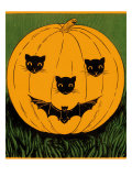 Halloween  Jack O'Lantern with Cat and Bat Cut-Outs
