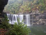 Cumberland Falls  Cumberland Falls State Resort Park  Kentucky  USA