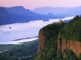 Columbia River below  Crown Point State Park  Oregon  USA