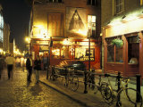 Temple Bar area at night  Dublin  Ireland