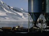 Hoppers Hold Arctic Coal Mined Near Longyearbyen