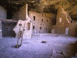 Ancient Anasazi Dwelling in Mesa Verde National Monument