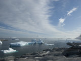 Grounded Icebergs Off of the Antarctic Peninsula