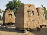 Mopti  A Cluster of Fine Millet Granaries at a Bobo Village  Mali