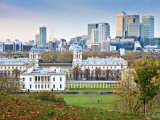 Royal Greenwich Park  National Maritime Musuem  and Canary Wharf in Autumn  London  England