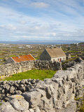 Traditional Thatched Roof Cottage  Inisheer  Aran Islands  Co  Galway  Ireland