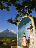 Luzon Island  Bicol Province  Mount Mayon  Philippines