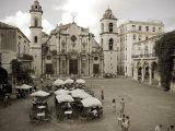 Havana  Cafe in Plaza De La Catedral  Havana  Cuba