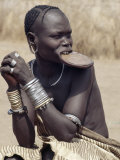 Mursi Woman Wearing a Large Clay Lip Plate  Omo Delta  Ethiopia