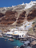 Village and Port  Oia  Santorini  Cyclades  Greek Islands  Greece  Europe