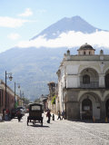 Parque Central  Plaza  with the Volcano Vulcan Agua Behind  Antigua  Guatemala