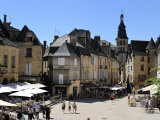 Place De La Liberte in the Old Town  Sarlat  Dordogne  France  Europe
