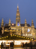 Christkindlmarkt and Rathaus at Rathausplatz at Twilight