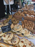 Bread Stall at the Italian Market at Walton-On-Thames  Surrey  England  United Kingdom  Europe