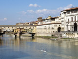 Ponte Vecchio  Florence  UNESCO World Heritage Site  Tuscany  Italy  Europe