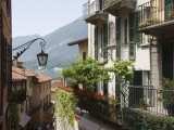 Street in Bellagio  Lake Como  Lombardy  Italy  Europe