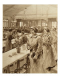 Female Munitions Workers  1914-19