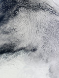 Cloud Patterns and Sea Ice in the Southern Ocean