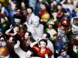 Miniature Revolutionary Statues on Sale in Shanghai