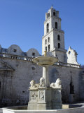 Fountain in Plaza San Francisco  with Convent and Church of San Francisco De Asis  Havana  Cuba