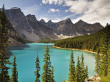 Moraine Lake  Banff National Park  UNESCO World Heritage Site  Rocky Mountains  Alberta  Canada