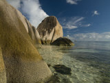 Granite Rocks on World Famous Beach  Source D&#39;Argent  La Digue  Seychelles  Indian Ocean  Africa