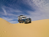 Jeep Driving Through the High Sand Dune of Western Desert  Near Siwa  Egypt  North Africa  Africa