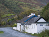Traditional Cottage in Snowdonia National Park  Wales  United Kingdom  Europe