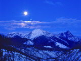 Full Moonrise over the Cloudcroft Peaks in Glacier National Park  Montana  USA