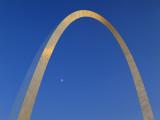 Gateway Arch at Dusk  Jefferson National Expansion Memorial  St Louis  Missouri  USA