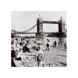 Londoners Relax on Tower Beach  c1952