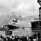 RMS 'Queen Mary' Leaving Clydebank  March 1936