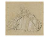 Une femme assise  vêtu d'un large vêtement rayé  les mains dans un manchon