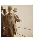 Groupe de personnes dont Edison à la 3ème plate-forme de la Tour Eiffel