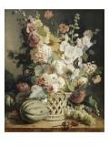 Fleurs et fruits dans une corbeille d'osier