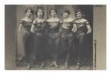 Cinq Sisters Melillo (contorsionistes)