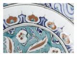 Grand plat au lambrequin bleu et rouge
