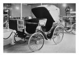 Album photographique : automobile à pétrole phaeton Peugeot-Panhard 1893